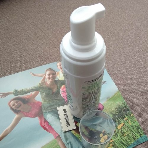 Успокояваща почистваща пяна за лице